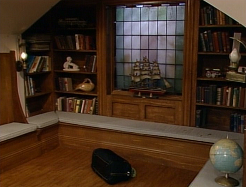 90 s nostalgia 5 houses we all wanted to live in brad for Living room 90s