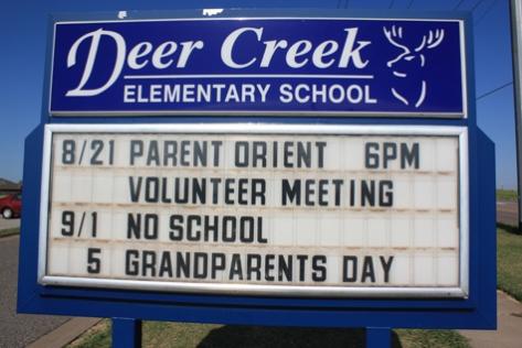deer-creek-elementary-school-sign-oklahoma