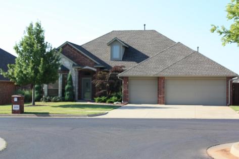 A home in Lone Oak Park, Deer Creek